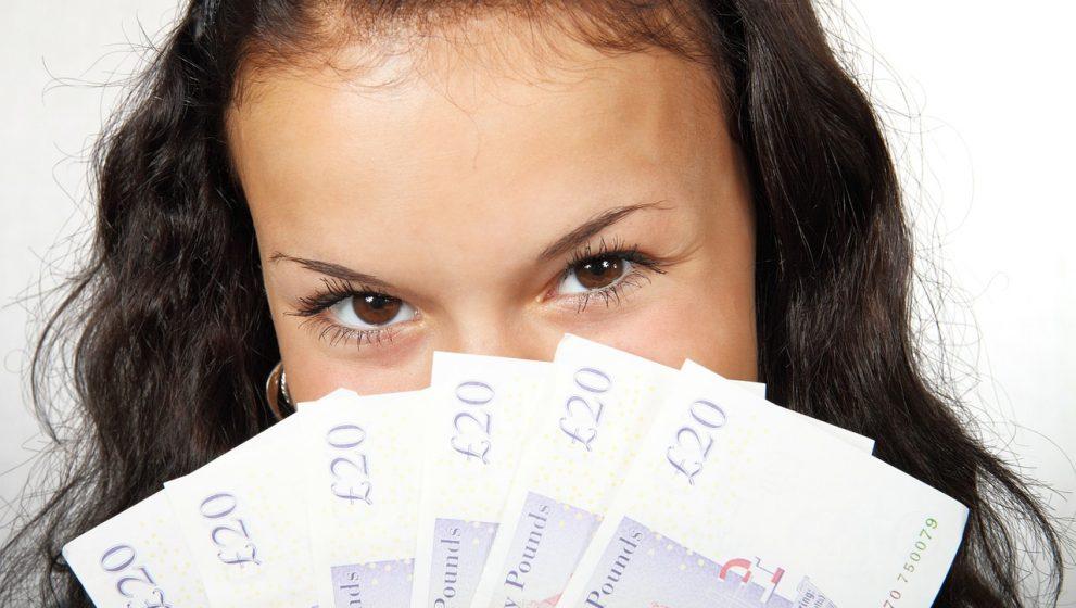 Sådan sparer du penge på kreditkort